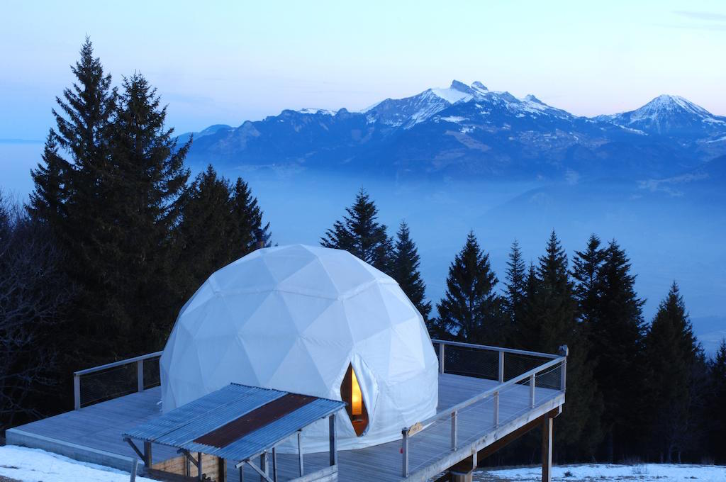 Unique hotel Whitepod6, Switzerland