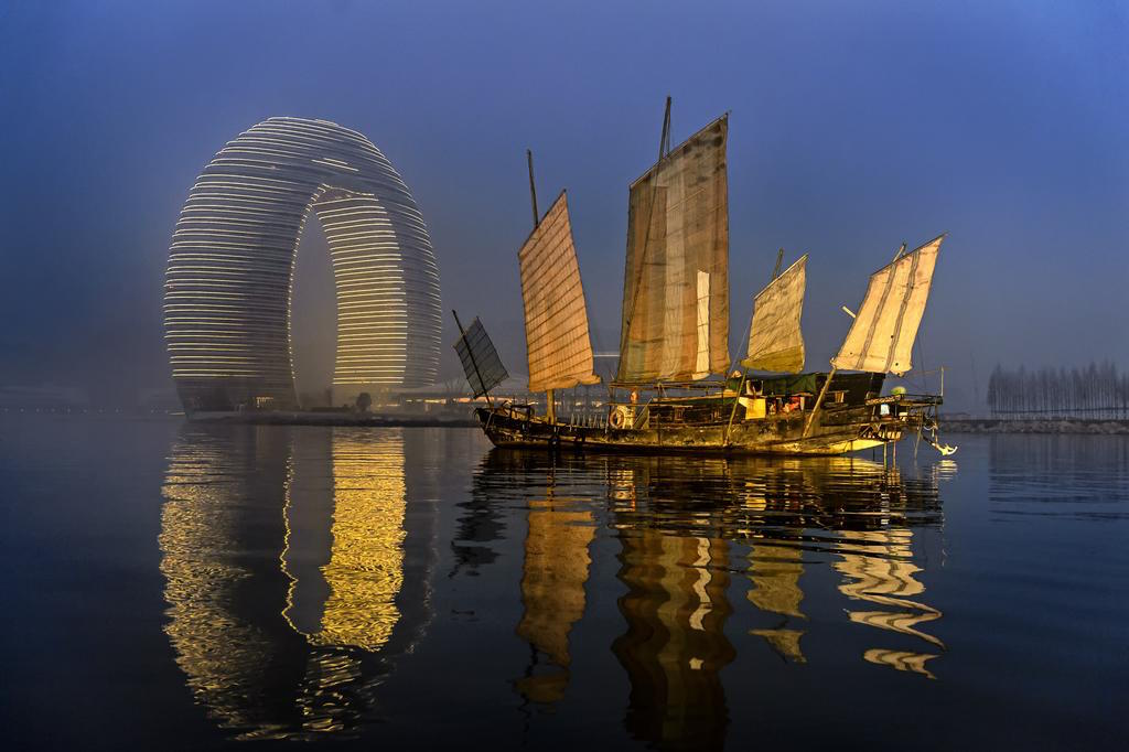 Unique hotel Sheraton Huzhou2, China