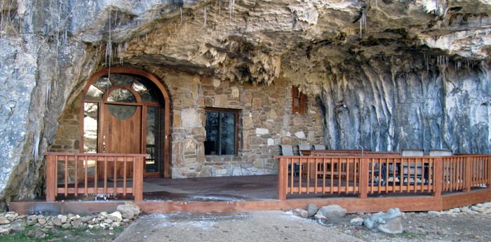Unique hotel Beckham Creek Cave Lodge, United States