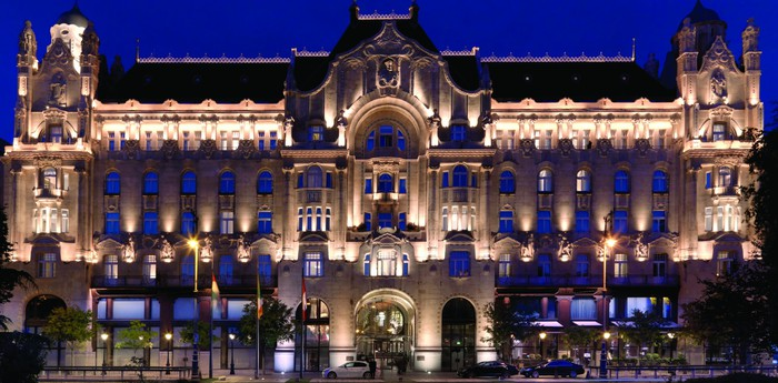Unique hotel Four Seasons Hotel Gresham Palace, Hungary
