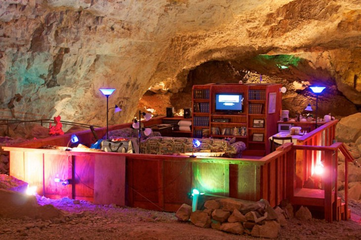 Unique hotel Grand Canyon Caverns Suite4, United States