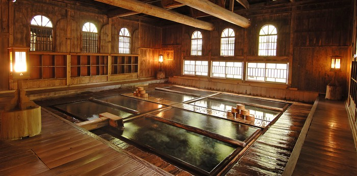 Unique hotel Houshi Onsen, Japan