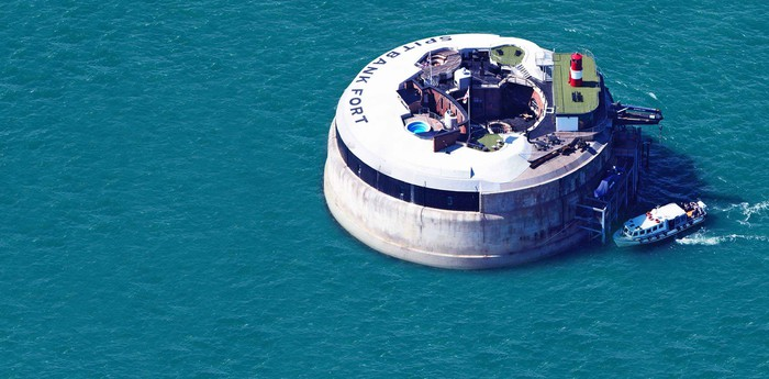 Unique hotel Spitbank Fort, United Kingdom